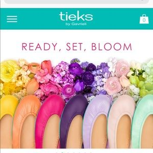 ISO tieks size 7.5.Open 2 a lot of colors/patterns